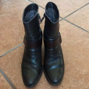 COLE HAAN DARK BROWN LEATHER BOOTS SIZE 7B